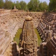 http://t1.gstatic.com/images?q=tbn:0_gxOND5rEGfeM:http://northgujaratonline.com/WebPhoto/Historical/100_20100128095721.jpg&t=1