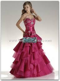 ادخلو شوفو احلي الفساتين العالم 0901160411596.jpg