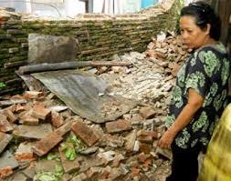 Gempa 7,6 SR Sumatera Barat