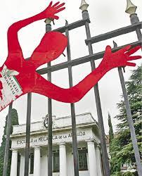 http://t1.gstatic.com/images?q=tbn:3rWpoAHqUZcmaM:http://www.ellitoral.com/diarios/2009/03/28/nosotros/NOS-08-web-images/1_fmt.jpeg