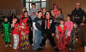 Purimvorbereitung Gruppe-purim