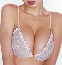 http://t1.gstatic.com/images?q=tbn:4gD94DiRF6sx2M:http://media.ebaumsworld.com/picture/JoseMota/cleavage-sexy.jpg