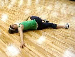 lying glute stretch