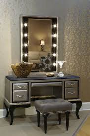 Light Up Makeup Mirror Makeup Vanity Table With Lighted Mirror Descargas Mundiales Com