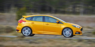 ford focus st review carwow