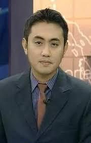 Ryan Wiedaryanto adalah sesosok pria sederhana yang telah berhasil mengajak gue untuk menyukai berita.. sebenernya sih biasa aja sama acara berita, ... - aa