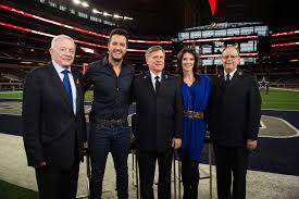thanksgiving day cowboys game luke bryan kicks off 125th annual salvation army red kettle