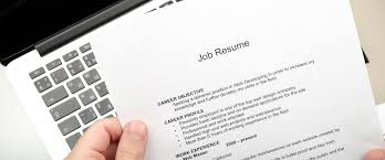 What Is Job Profile In Resume by What U0027s The Difference Between Your Resume And Your Linkedin