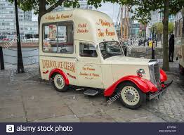 Vintage Ford Ice Cream Truck - vintage ice cream van stock photos u0026 vintage ice cream van stock