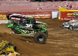 monster truck show in san diego just a car guy grave digger u0027s freestyle at san diego monster jam
