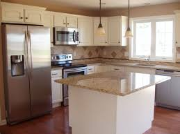 Small White Kitchen Design Ideas by Best 25 Ranch Kitchen Remodel Ideas On Pinterest Split Level