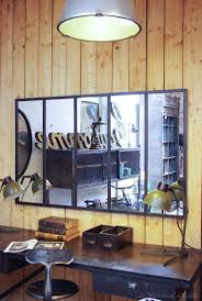 fenetre metal style atelier les 25 meilleures idées de la catégorie miroir industriel sur