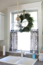 Pinterest Home Decorating by Best 20 Kitchen Window Decor Ideas On Pinterest Farm Kitchen