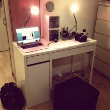 Ikea Computer Desk With Hutch by Decorating Chic Ikea Micke Desk In White And Black With Hutch And