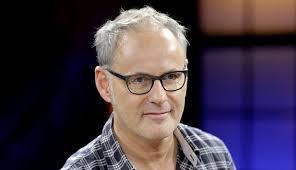 """Reinhold Beckmann will im kommenden Jahr einen Schlussstrich unter seine ARD-Talkshow ziehen. """"Ich bin der Debatten über Sinn oder Unsinn der politischen ... - 25216667"""