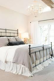 Fixer Upper Living Room Wall Decor Best 20 Fixer Upper Bedrooms Ideas On Pinterest Modern
