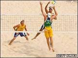 Duelo brasileiro dá medalha a Márcio e Fábio Luiz no vôlei de praia