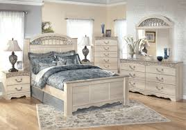 Pier 1 Bedroom Furniture by Bedroom Mirrored Bedroom Furniture Pier One Expansive Carpet