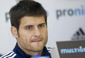Javier Paredes, capitán del Real Zaragoza, no se ha mostrado en el regreso de las vacaciones especialmente intranquilo porque todavía no se haya producido ... - 1341493950_extras_mosaico_noticia_1_g_0