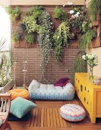 Deco Mur Exterieur 15 Idées Pour Mettre Son Balcon Au Vert Elle Décoration