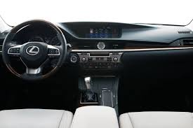 lexus car price com lexus es350 is like a toyota camry after winning the lottery