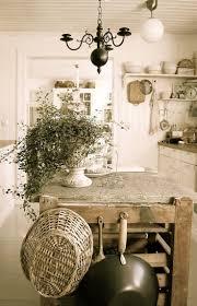 Interior Decoration Of Kitchen Best 25 Country Cottage Decorating Ideas On Pinterest Cottage