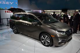 does lexus make minivan the simple reason why the 2018 honda odyssey isn u0027t awd autoguide