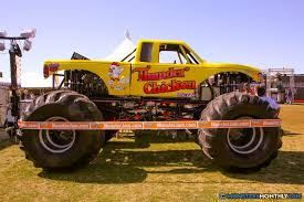 bigfoot monster truck wiki thunder chicken monster trucks wiki fandom powered by wikia