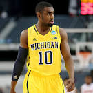 2013 Final Four - Tim Hardaway Jr. writes on shoes to honor loved ...