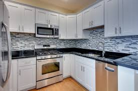 glass kitchen backsplash ideas with white cabinets mosaic tile