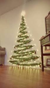 Homes With Christmas Decorations by Diy Christmas Tree Cheap Easy And Space Friendly Way To Decorate