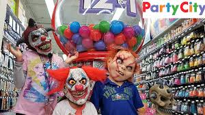 party city halloween costumes in stores shopping for halloween costumes family fun youtube