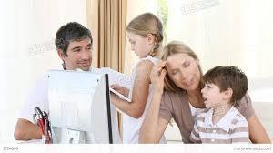 Parents Helping Their Children To Do Homework Etoque de FIlmagem     MotionElements