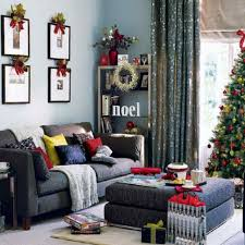 captivating decor ideas for christmas with brightly low pine cones