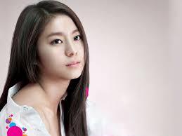 perfect best style long black haircut for female korean artist