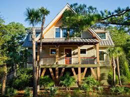 Hgtv Smart Home 2013 Floor Plan Pick Your Favorite Front Yard Hgtv Dream Home 2017 Hgtv