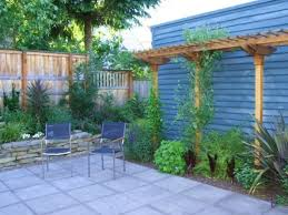 small backyard landscape ideas on a budget amys office
