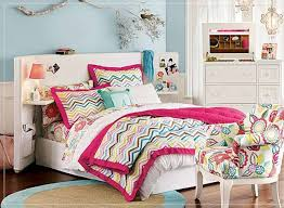 Easy Bedroom Ideas For A Teenager Beautiful Teenage Bedroom Decorating Idea With Queen Bed