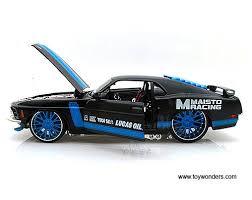 Mustang Boss 302 Black 1970 Ford Mustang Boss 302 Hard Top 31329bk 1 24 Scale Maisto All