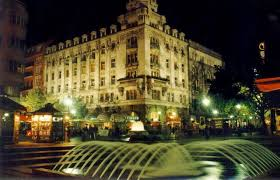 Slike Beograda sad i nekad.. Images?q=tbn:ANd9GcQG42v3V5HsmZ3IIMblCdfs1dQj6Oi7tHRei1vCxraP6_dYrMxe4A