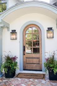 Front Entry Way by Best 20 Front Door Planters Ideas On Pinterest Front Porch