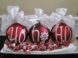 Silver Centerpieces For Table 33 Red And Silver Table Setting Ideas For Christmas