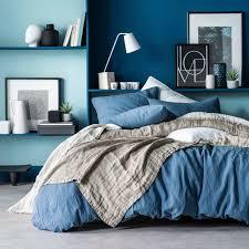 chemin de lit en lin ensemble couvre lit jeté de lin taupe blanc cerise