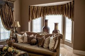 choosing living room curtain ideas