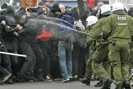 ¿HABLAMOS DE VIOLENCIA? Images?q=tbn:ANd9GcQIa7PSHcu-qO03-gMiU6YgjJXaQt0PfOK27Lf6qy5kKgurx4VBQg