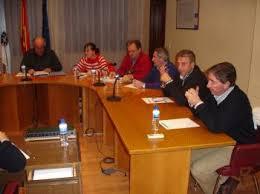 Avelino García, Ana Fernández, Luis Fernández, Carlos Aristegui, Vicente Solarat y Rodríguez - pleno2