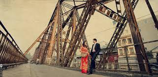 Ảnh cưới tại cầu Long Biên
