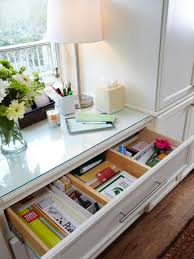 How To Organize Your Kitchen Cabinets by How To Organize Your Kitchen Cabinets And Drawers