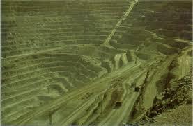 Los Hoyos Terrestres Más Impresionantes Images?q=tbn:ANd9GcQK-M9l0eLlFurmv7mwaHD6_ZXN9sRVUYW_U4i4bFWwhbA7DZQ&t=1&usg=__uscgA-csP1jnb_zSTNaNcXi_EQ0=