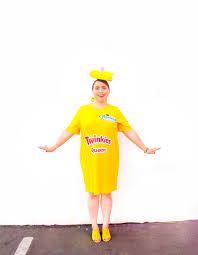 diy twinkies queen halloween costume brite and bubbly